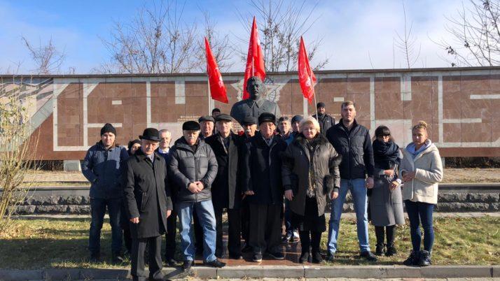 Памяти Сталина